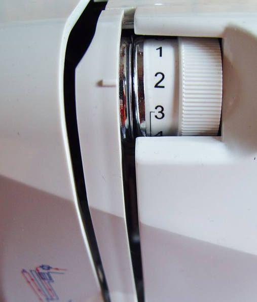 Registrare la tensione della macchina per cucire permette di avere cucire sempre valide