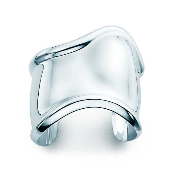Elsa Peretti® Bone cuff in sterling silver, medium.