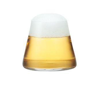ビールを注ぐと雪をかぶった富士山のようなグラス