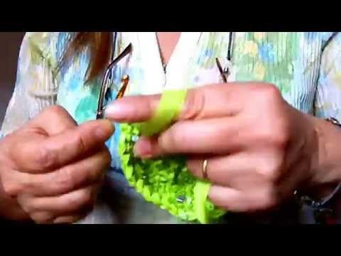 (2158) Como hilar bolsas plásticas para tejerlas Luz Mireya Martinez - YouTube