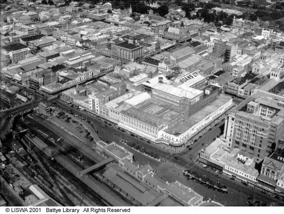 Wellington Street, Perth Railway Station, Forrest Place, 1935