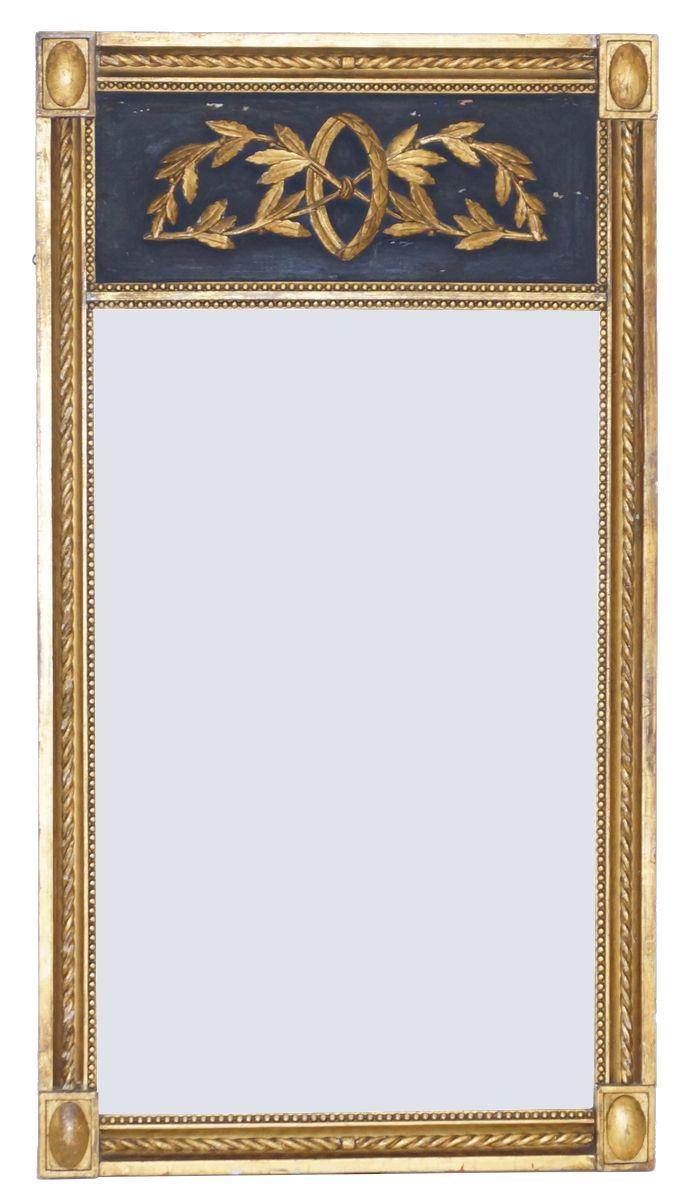 Een Louis XVI-stijl spiegel halspiegel in vergulde gipsen met houten lijst, Holland 19e eeuw