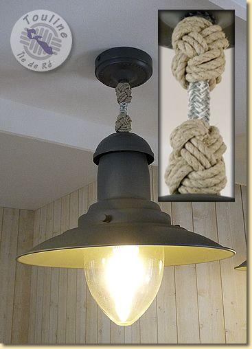 Lampe pêcheur décorée de bonnets turcs