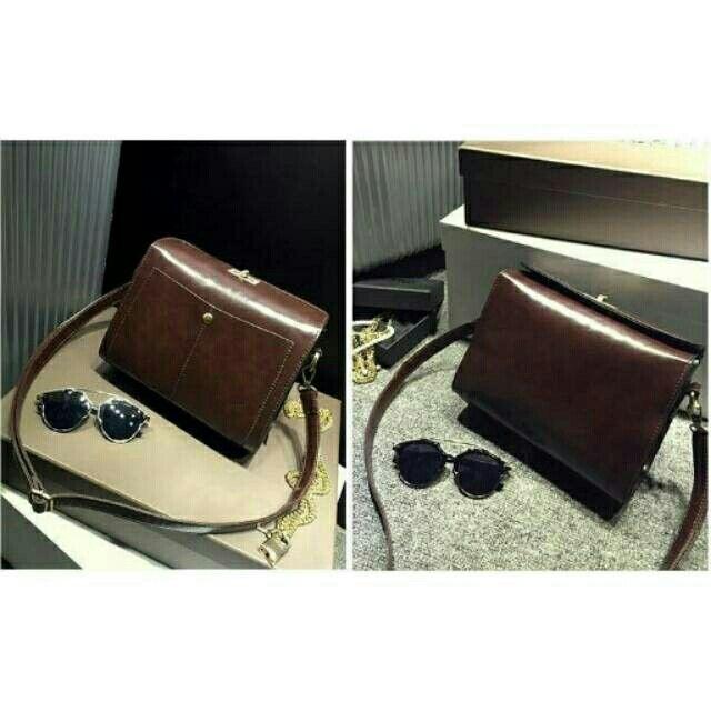 Temukan dan dapatkan Tas tangan wanita import bahan kulit handbag selempang slempang Crossbody bag Shoulder bag hanya Rp 239.000 di Shopee sekarang juga! http://shopee.co.id/martinversa/10712503 #ShopeeID