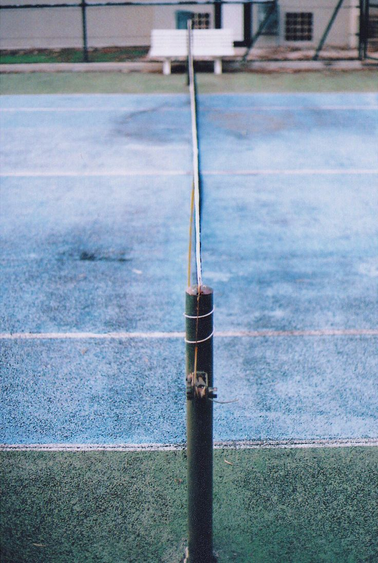 Tennis, 35mm fuji film analog photography by Karoliina Pärnänen (2016)