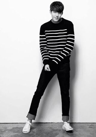 Sweater and jeans... Simple and easy plus it looks good