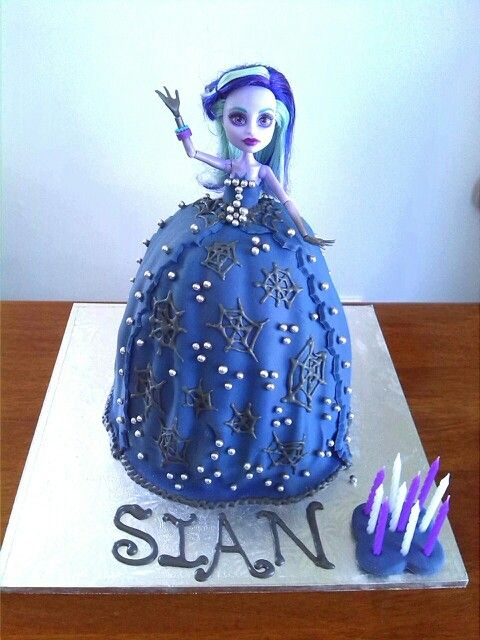 Twyla Monster High Doll Cake made by Me