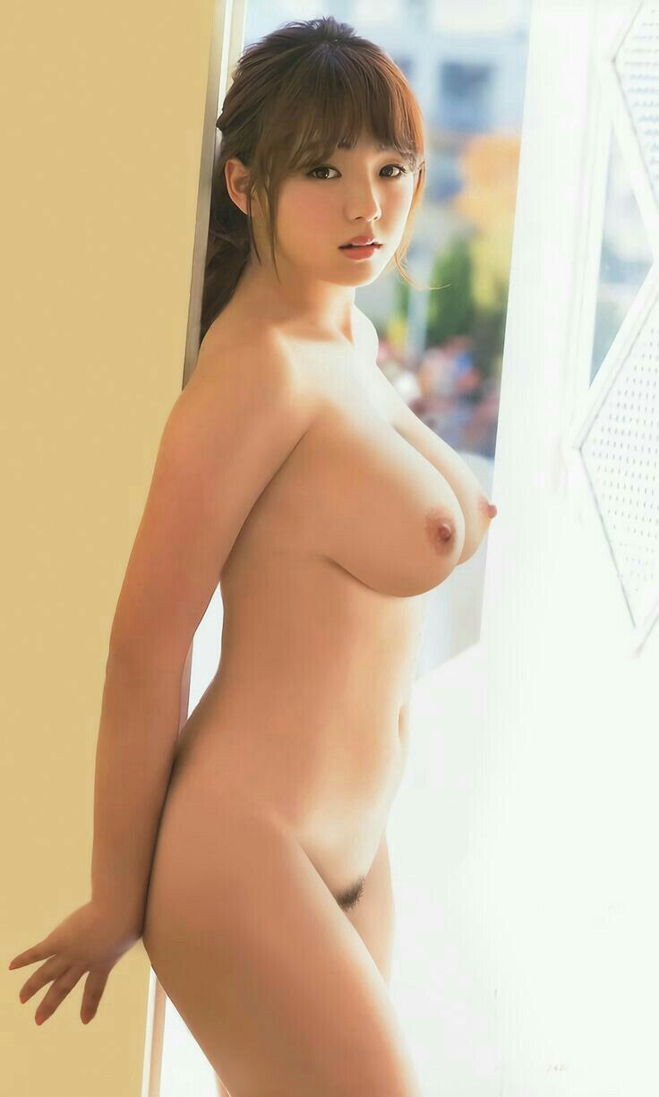 beautiful japan naked girl
