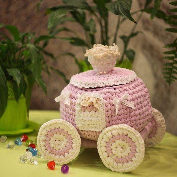 By @galina_trenkina #orguaski #orgusepet #orgu #örgümodelleri #örgügünüm #örgüsepet #örgüaşkı #örgügünüm #örgüterapim #crochet #crochetblanket #crochetpatterns #crochetfun #crochetpatterns #crochetpillow#crochetinspiration #crochetinspiration #crochetbasket #crochê #croché #knittingpattern #knitting_inspire #knitwithlove #knittersofinstagram #knittingyarn #knittedblanket #knittedbasket #handmadecrochet #penyeip#penyeipsepet #penyesepet#häkeln#hakeln