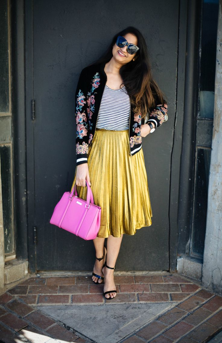 2 ways to a dress up a gold pleated skirt,  how to style a gold pleated skirt, shin pleated yellow skirt, floral embroidery bomber jacket, spring outfits, spring style , Kate spade pink bag