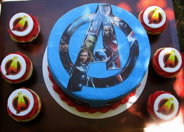 35 best Custom Cakes images on Pinterest Bakeries Bakery shops