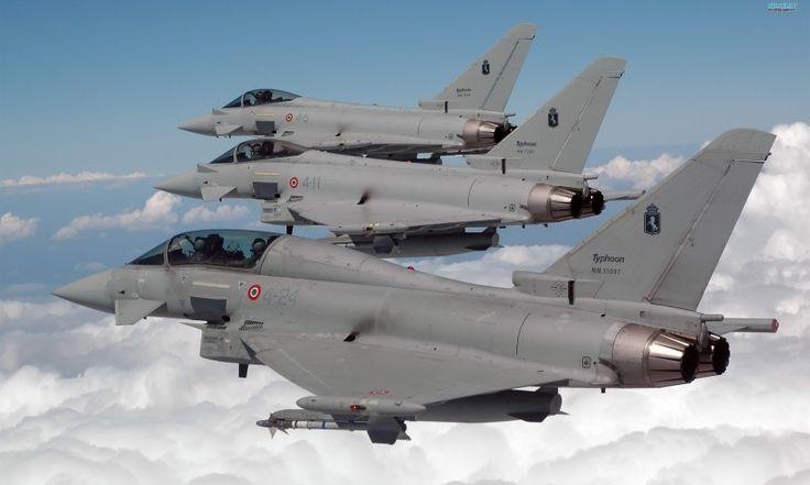 """Aviones italianos Eurofighter """"Typhoon"""" escoltaron un avión secuestrado y lo entregaron a la Fuerza Aérea Francesa porque la Fuerza Aérea Suiza estaba en horas fuera de trabajo, luego de que se alertaran los protocolos internacionales de secuestro aéreo. La madrugada del 17 de febrero de 2014, un Boeing 767 de la aerolínea Ethiopian Airlines que cubría la ruta entre Addis Abeba y el aeropuerto Fiumicino de Roma fue secuestrado en vuelo por el copiloto, cuando el piloto salió al baño…"""