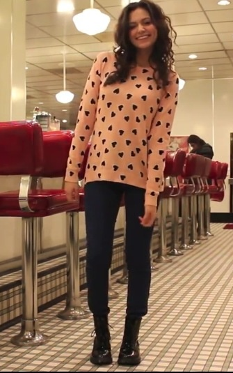 Bethany mota!! Love her sense of style and can't take my eyes off of her sweater! It's so cute!!!