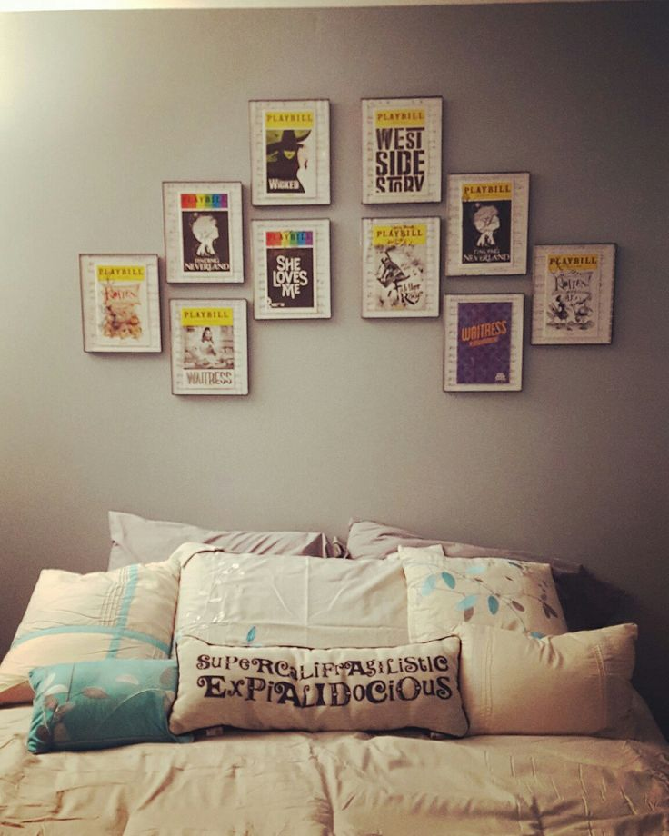 The 25 best playbill display ideas on pinterest hanging for Broadway bedroom ideas