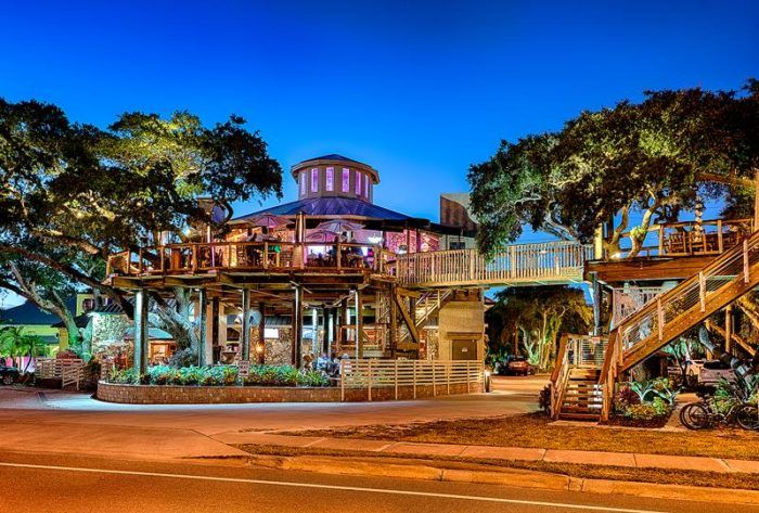 Florida | Travel | Food | Dining | Restaurants | Best Places To Eat | Treehouse | Unique Places