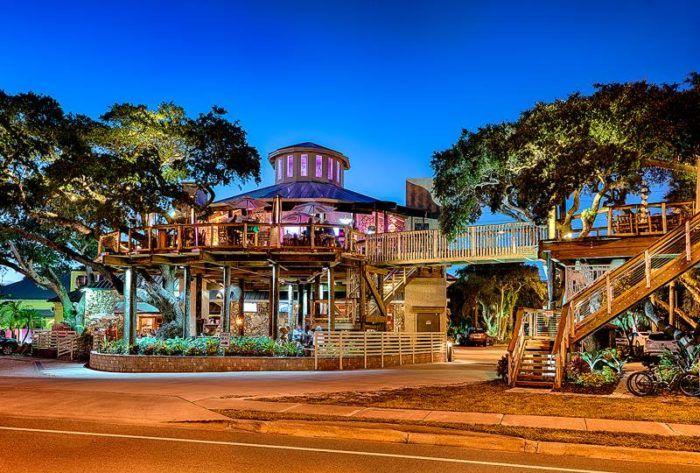 Florida | Travel | Food | Dining | Restaurants | Best Places To Eat | Treehouse | Unique Places