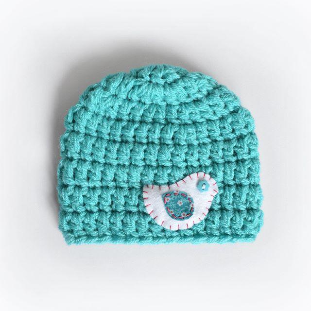 Combining my 2 favourite things yarn and felt to create this little birdie baby beanie. .  .  .  .  .  .  #newbornphotographyprop #crochet #babywinterhat #crochetbeanie #ilovecrochet #crochetaddict #ilovebeanies #handmade #crochetart #yarnart #babygift #handmade #crochetersofinstagram #craftastherapy #crochetgirlgang #craftersofinstagram #instacrochet #crafter #etsy #etsyseller #etsyshop #kbabies #fullyhooked #felt #feltart @makersvillage  #ilovefelt @k_beanies