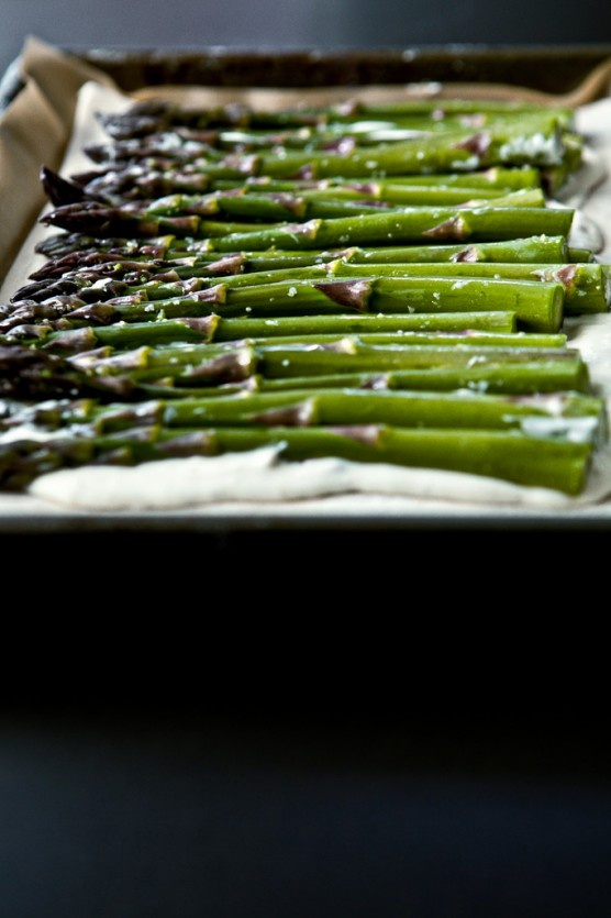asparagus tart with walnuts and parmesan | Food to Try - Veggies, Fru ...