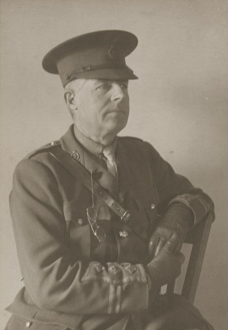 first world war british soldier medical corps uniform - Google Search