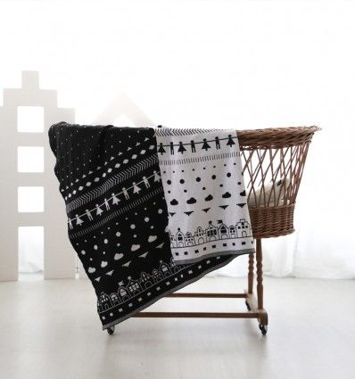 The perfect blanket for covering your little one during afternoon naps.