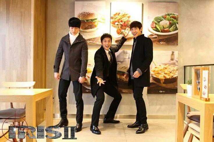 IRIS2出演アイドル3人衆♪左からヒョンゴン、BEASTユン・ドゥジュン、MBLAQイ・ジュン。