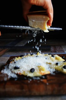 黒豆と4種のチーズのダルメシアンピッツア×日本のワインツアー|レシピブログ