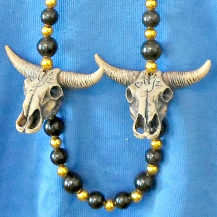 Beaded necklace black goldtone BIG four steer head cow skeleton longhorns 48 in #Unbranded #StrandString