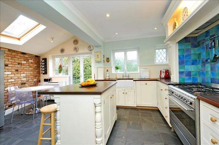 3 bedroom detached house for sale in Lyncroft Gardens, Ewell Village - Rightmove | Photos