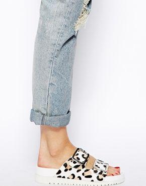 Senso Ida III White Leopard Print Footbed Flat Sandals