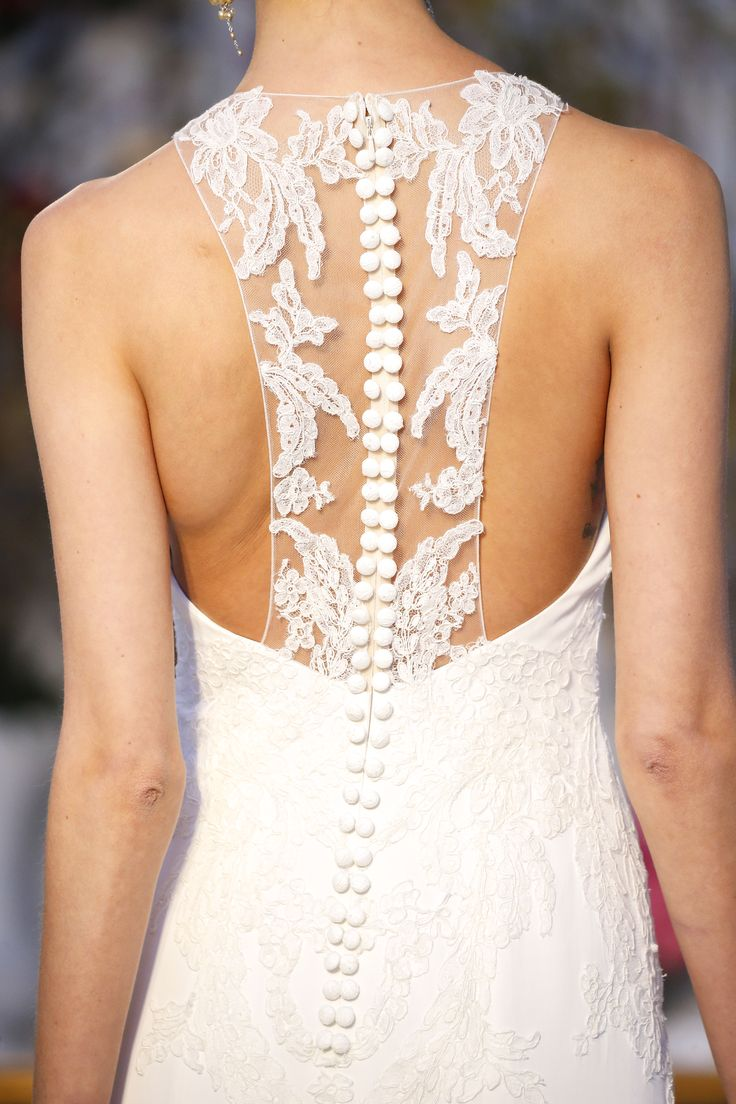 IRIS - Kissing Buttons & Lace. Anne Barge Spring 2017 Bridal Collection.