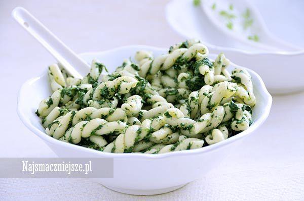 Makaron ze szpinakiem, makaron, szpinak, obiad, http://najsmaczniejsze.pl #food #makaron #szpinak