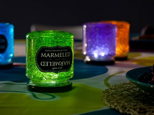 So cool...Jelly Lamp Marmeled. Flip the jar of jelly over and it lights up. Flip it back over and it turns off. These would be awesome on the patio.
