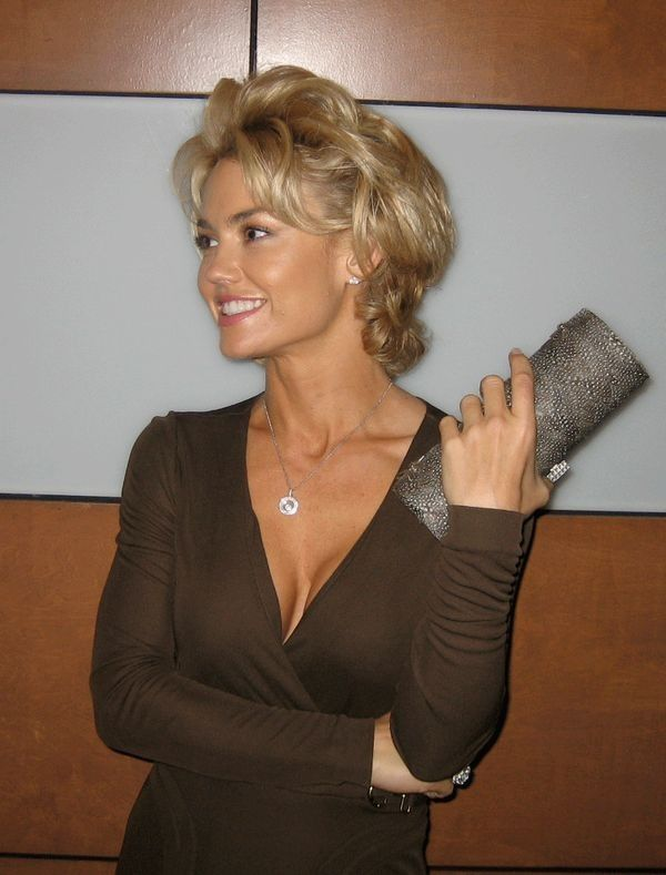 Kelly Carlson - Gorgeous and IMO underrated as an actress.