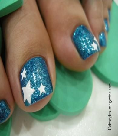 stars with glitter toe nail art Simple Toe Nail Art Designs of Modern Century