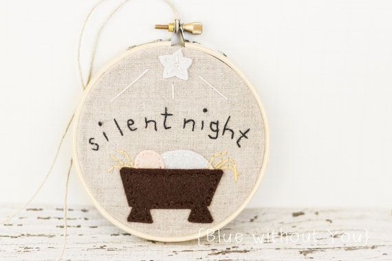 Christmas Nativity Hoop Art / Tree Ornament - Felt and Embroidery - Natural Linen and Wool Felt Baby Jesus and Star - Silent Night