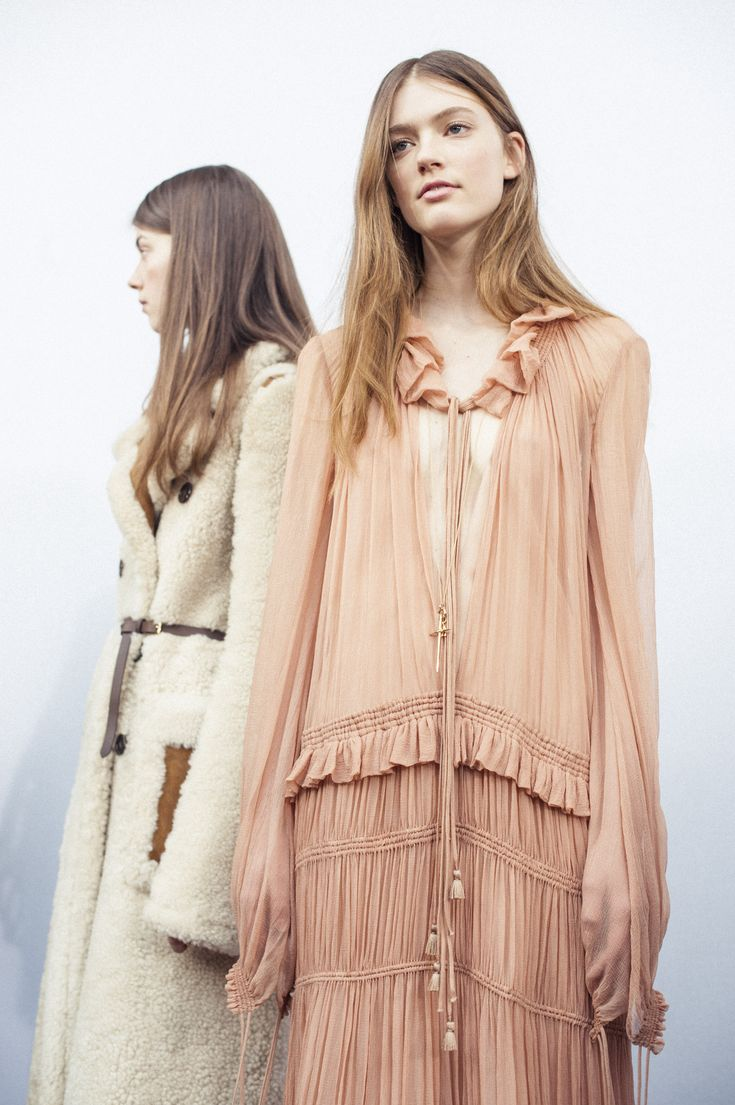 A soft yet strong femininity – the Chloé Fall-Winter 2015 collection