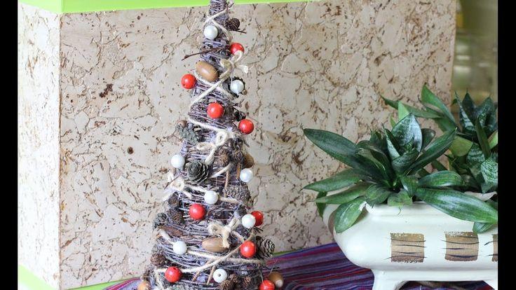 Новогодняя елочка в эко стиле