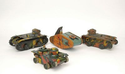 52 best images about Vintage Marx clockwork tin tank toys on Pinterest | Toys, Military tank and ...