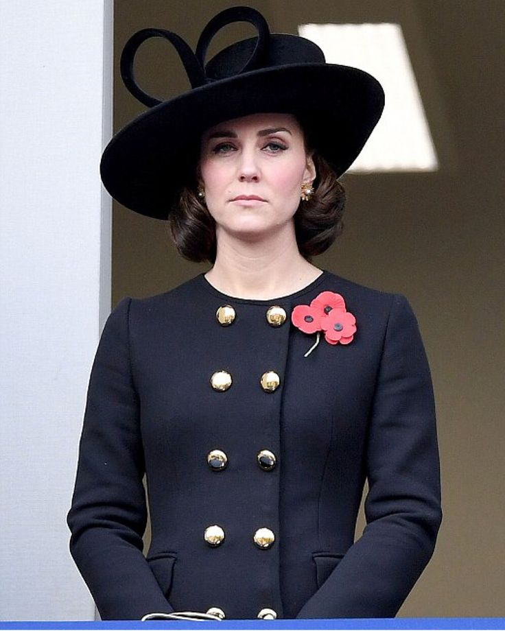 "5,200 Likes, 59 Comments - Catherine Duchess Of Cambridge (@katemidleton) on Instagram: ""Today, The Duchess of Cambridge and other members of the Royal Family are marking Remembrance…"""