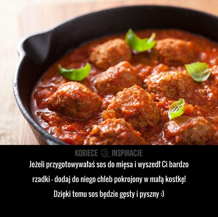Jeżeli przygotowywałaś sos do mięsa i wyszedł Ci bardzo rzadki – dodaj do niego chleb pokrojony w małą kostkę! Dzięki ...