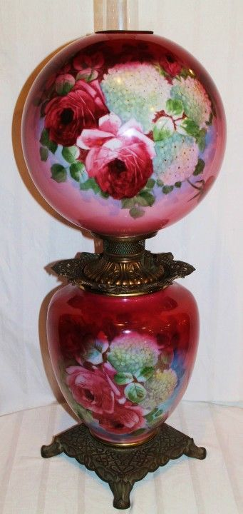 Antique Gone with the Wind Oil Lamp with Roses