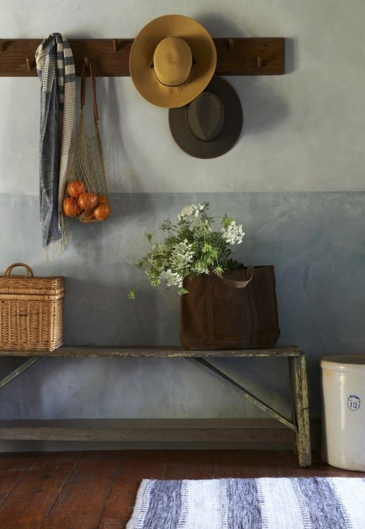 Foyer Paint Jobs : Ideas about two tone paint on pinterest stained