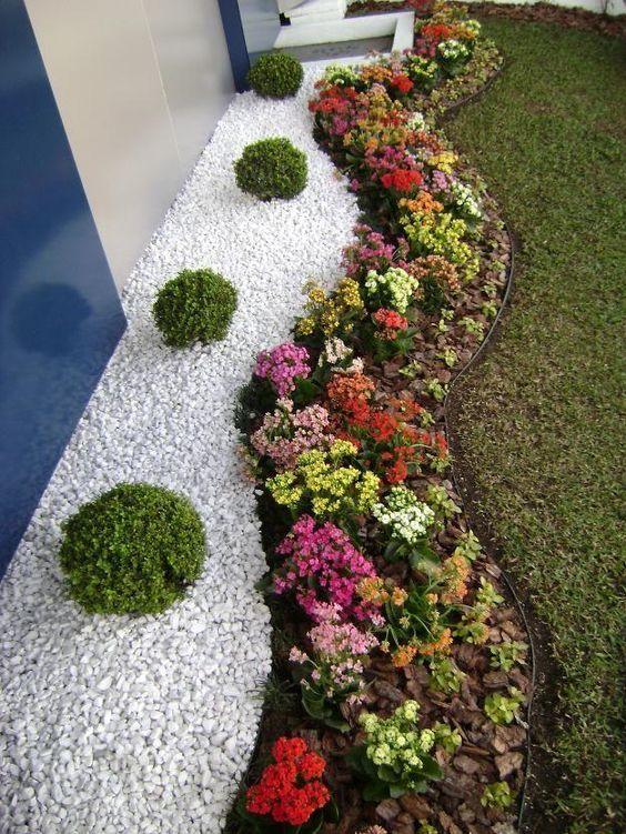 30-ideas-preciosas-para-decorar-tu-jardin-con-grava-blanca (20) | Decoracion de interiores -interiorismo - Decoración - Decora tu casa Facil y Rapido, como un experto