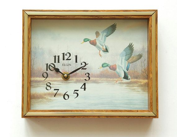 1970s ELGIN Ducks Wall Clock Diorama - Cool or kitsch - Animal Birds Deco Art Print Drake Duck - Wanduhr