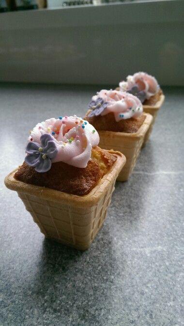 Traktatie ijs cupcake