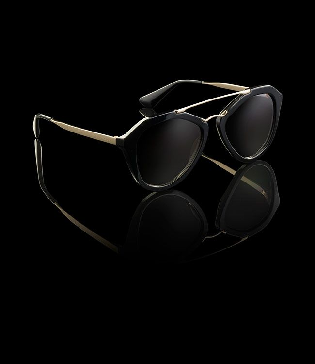 Prada sunglasses 2014 women. Kinda loving these shades. Modern, yet with a nod to vintage. Will need to try them on.