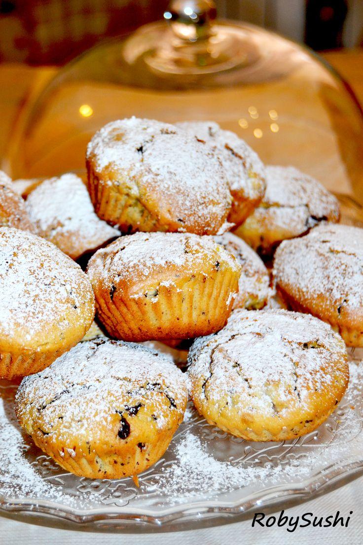 Muffin con fichi e cioccolato! The recipe is here ---> http://robysushi.com/2013/07/23/muffin-con-cioccolato-e-fichi-freschi/