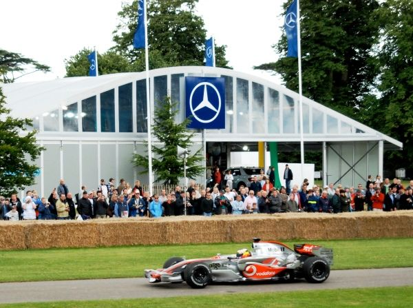 Mercedes Benz Temporary Event Structure by Losberger