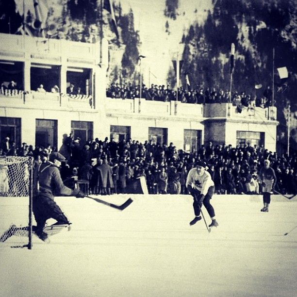 90 years ago, Canada took gold at the 1924 Winter Olympics in Chamonix, France. #Olympics #ThrowbackThursday #Hockey