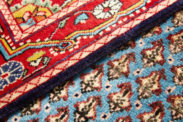Buy Online Rugs to decor your homes http://misscucci.com/rug.html